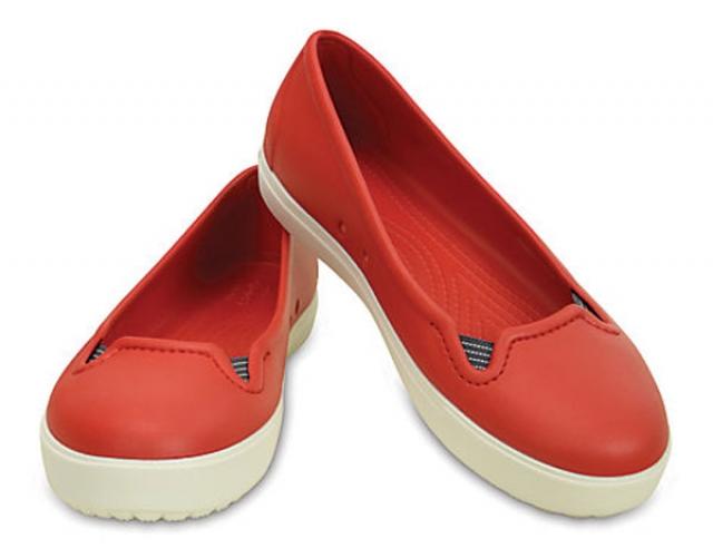 CROCS Women`s CitiLane Flat červená biela - YACHTERSHOP.sk 804af147953
